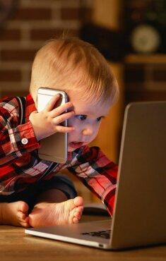 Ученые показали, как использование гаджетов повреждает детский мозг