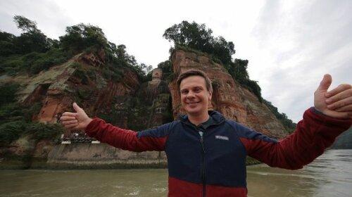 Після приїзду з Китаю: як Дмитро Комаров проводить свій карнатин