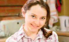 """Таня з """"Універу"""" показала обличчя без макіяжу: як зараз виглядає Валентина Рубцова"""