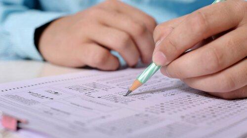 В Україні учнів 4 та 9 класів звільнили від ДПА-2021