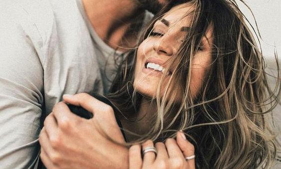 Мужчина Водолей Женщина Козерог: секреты счастья