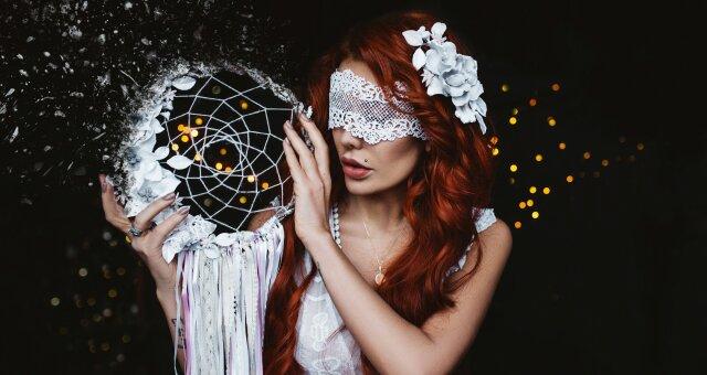 Астрологи назвали знаки Зодиака, у которых есть черная метка Судьбы