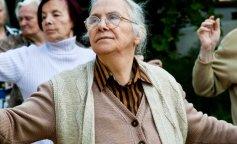 Вчені назвали країну, в якій жінки живуть довше всього