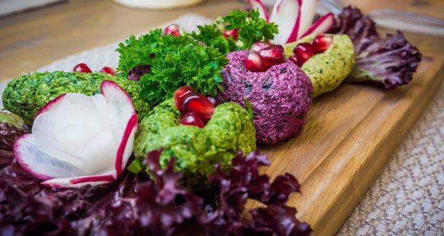 phali-iz-raznyh-ingredientov-s-ovoshchami-i-zelenyu-17