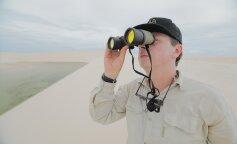 Белоснежные дюны и кристальная вода: впечатляющие кадры самой необычной пустыни в мире