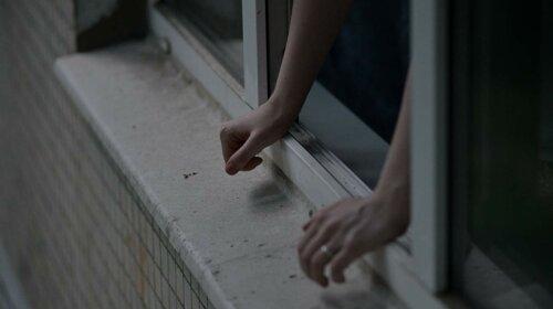 У Польщі самогубець впав на студента з України: хлопець у важкому стані