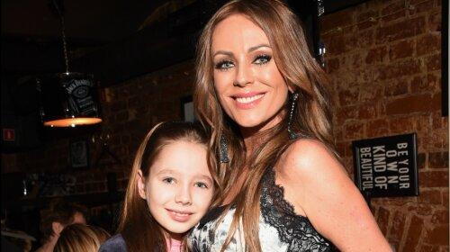 Як зараз виглядає донька Юлії Началовой: 13-річна Віра Алдоніна живе з батьком і його новою дружиною - фото