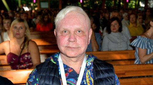 """""""Після цього Моїсеєва більше не бачили"""": знайомі паралізованого співака розповіли про онкологію « """" На щоці з'явилася дивна родимка»"""