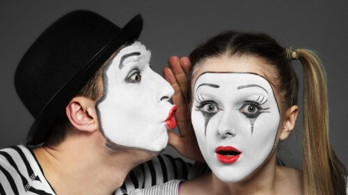 mime-gallery-couple