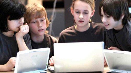 children-computer-getty-001