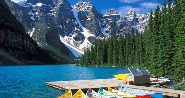 Lovely-Moraine-Lake-Nature-750×562