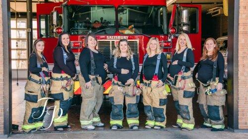 В США почти одновременно родили семеро жен пожарных