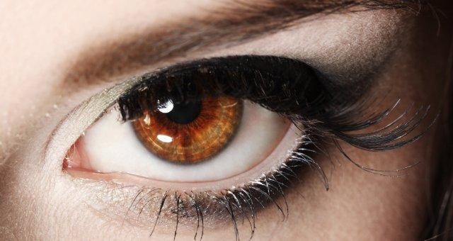 Карие глаза: характер
