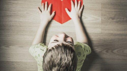 Аутизм у дитини: як розпізнати ранні ознаки