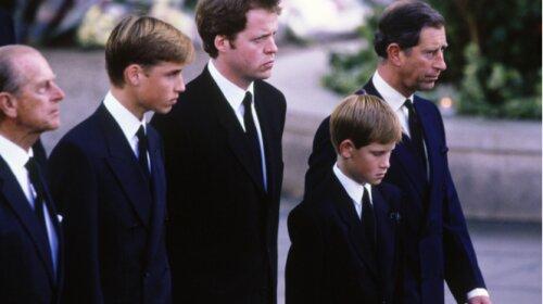 Принци Вільям і Гаррі, Мадонна та інші зірки, які виросли без матерів (ФОТО)