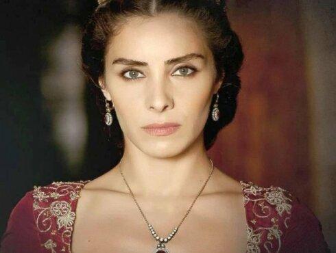 Весенняя роза: как на самом деле выглядела самая красивая фаворитка султана Сулеймана I