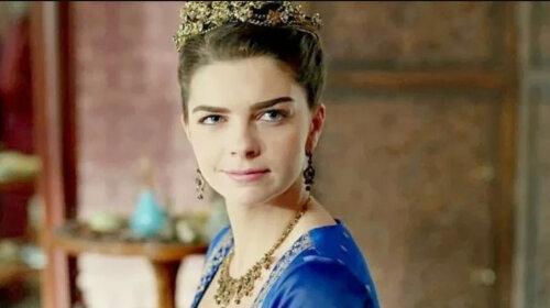 Схудла донезмоги: улюблена дочка султана, зірка «Чудового століття» Пелін Карахан здивувала шанувальників зовнішнім виглядом