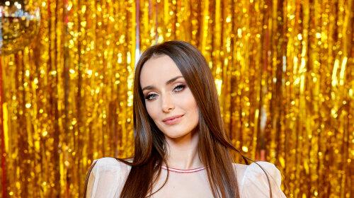 Что в косметичке Ксении Мишиной: beauty-секреты популярной актрисы