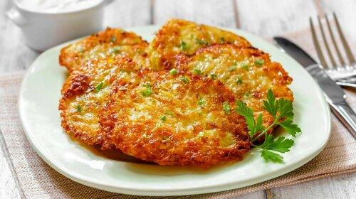 kartofelnye-draniki-7-samyh-vkusnyh-receptov-belorusskogo-blyuda-gotovit-doma-ru