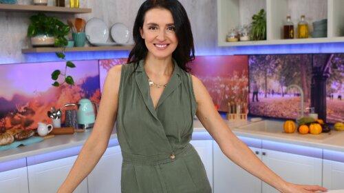 Телеведущая Валентина Хамайко показала постройневшую фигуру в обтягивающем комбинезоне