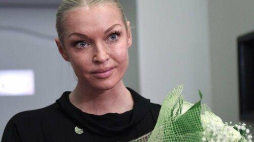 Стало відомо про ще одному роді діяльності Анастасії Волочкової: роздає поради