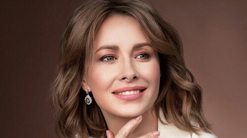 """Елена Кравец из """"Квартала 95"""" поразила своей внешностью без макияжа – выглядит очень уставшей"""