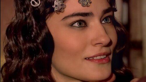 """Экзотическая красота: как сейчас выглядит Садыка из турецкого сериала """"Великолепный век"""""""