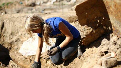 Ученые воссоздали внешность 18-летней девушки, жившей 9000 лет назад