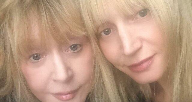 Орбакайте опубликовала фото без макияжа
