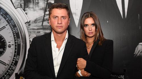 С Карпович не сравнится: Агата Муцениеце отметилась в блузе с открытыми плечами – развод с Прилучным пошел на пользу