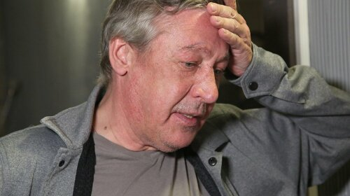 """""""У нього помер близька людина"""": адвокат Єфремова пояснив, чому актор напився в день ДТП"""