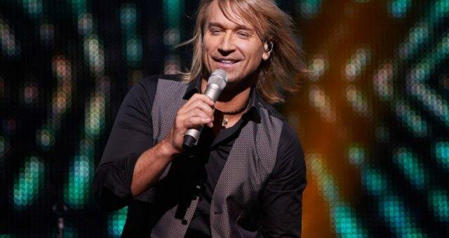 Олег Винник, певец, архивное видео