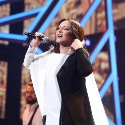 72-летняя София Ротару появилась на Песне года-2019 в платье с геометрическим принтом