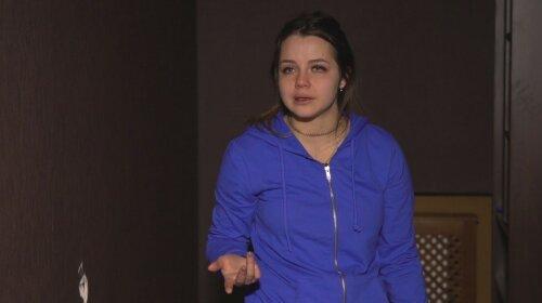 Экс-участницу «Супермодель по-украински» избили и вырвали клок волос (ФОТО)