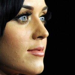 Не такие уж идеальные: как выглядит кожа знаменитостей вблизи (фото)
