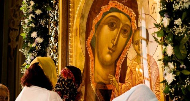 Молитва Пресвятой Богородице перед иконой «Знамение»