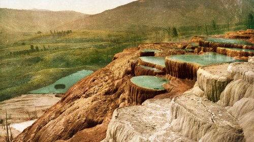 Pulpit_Terraces,_Yellowstone_National_Park,_Wyoming,_1898