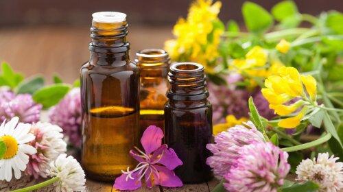 Топ-3 ефірних олії, які допоможуть в лічені терміни позбавитися від прищів