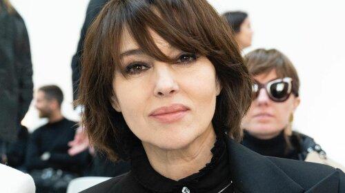 Моника Беллуччи показала, как носить черный цвет после 50-ти