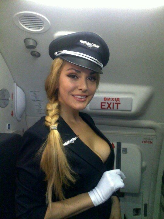 гвардия, фото стюардессы без лифа сделать откосы входной