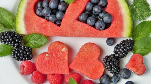 Захистить печінку, серце і зір: медики назвали максимально корисну літню ягоду