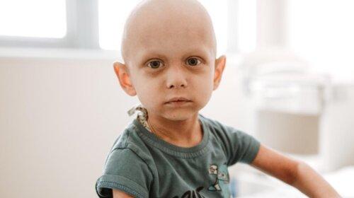 2-летнему Вите нужна помощь: история малыша, который болен раком