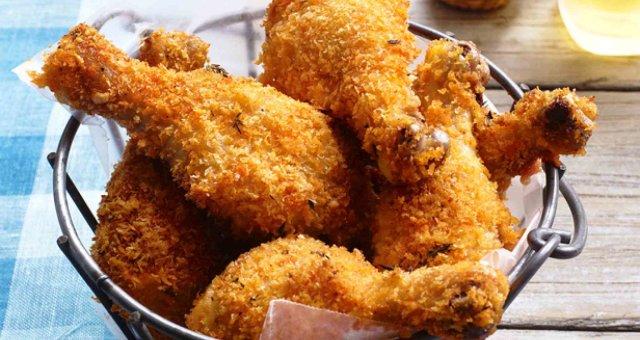 Chicken legs in breadcrumbs