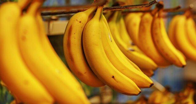 Вызывает боль и провоцирует тромбоз: неприятная правда о популярном фрукте