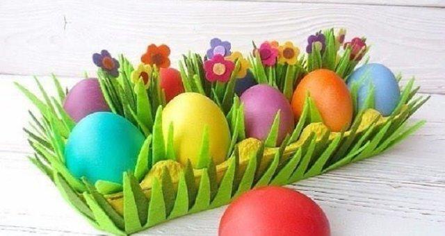 Готовимся к Пасхе с детьми: подставка для яиц своими руками