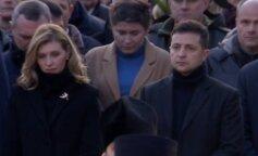 В черном пальто с брошью: Елена и Владимир Зеленские почтили память жертв Голодомора
