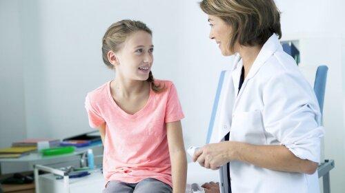 Лікар розповіла, чи можна вести дівчинку-підлітка до гінеколога-чоловіка
