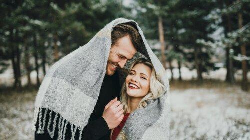 Whitney-Carson-Fall-Engagement-Photo-Shoot-Ideas-2