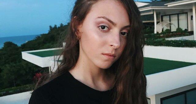 Маша Полякова на отдыхе в Таиланде