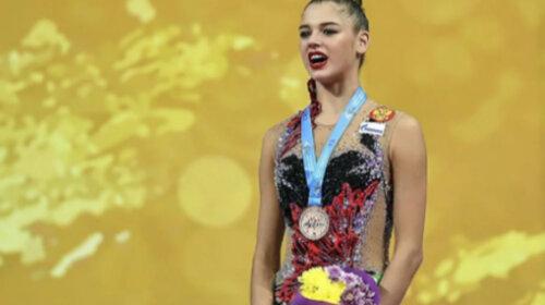 Булимия и попытки покончить с собой: четырехкратная чемпионка мира по художественной гимнастике Александра Солдатова оказалась в плачевном состоянии
